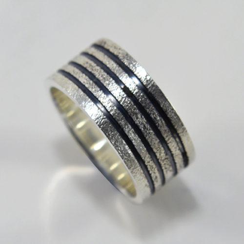 Anel-diamantado